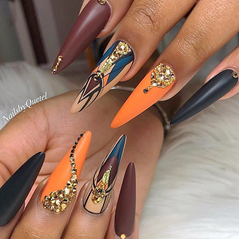 Beautiful nails by Ugly Duckling Exclusive Ambassador nailsbyquetel