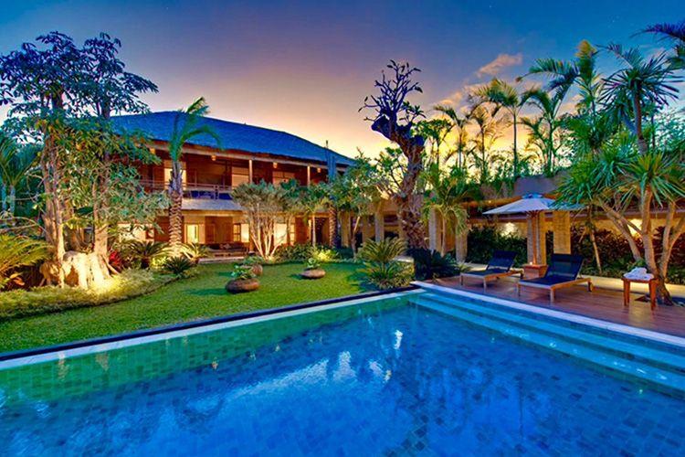 Real Estate For Sale In Bali Bali Villas Land Exquisite Real Estate Luxury Villa Rentals Luxury Estate Bali Luxury Villas