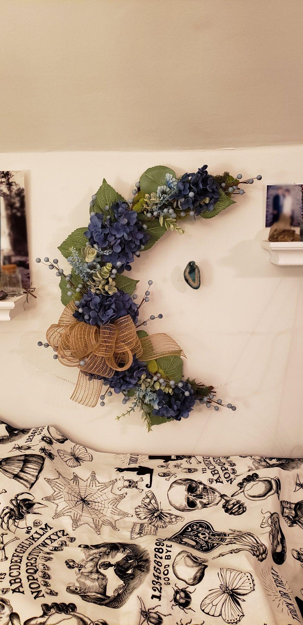 Beautiful blue hydrangea rustic flower crystal moon wreath, crescent moon wreath, moon wreath with crystals #CrescentMoonWreath #MoonWreath #BlueWreath #FrontDoorWreath #HydrangeaWreath #EverydayWreath #WallHanging #Hydrangea #DoorWreath #FlowerWreath