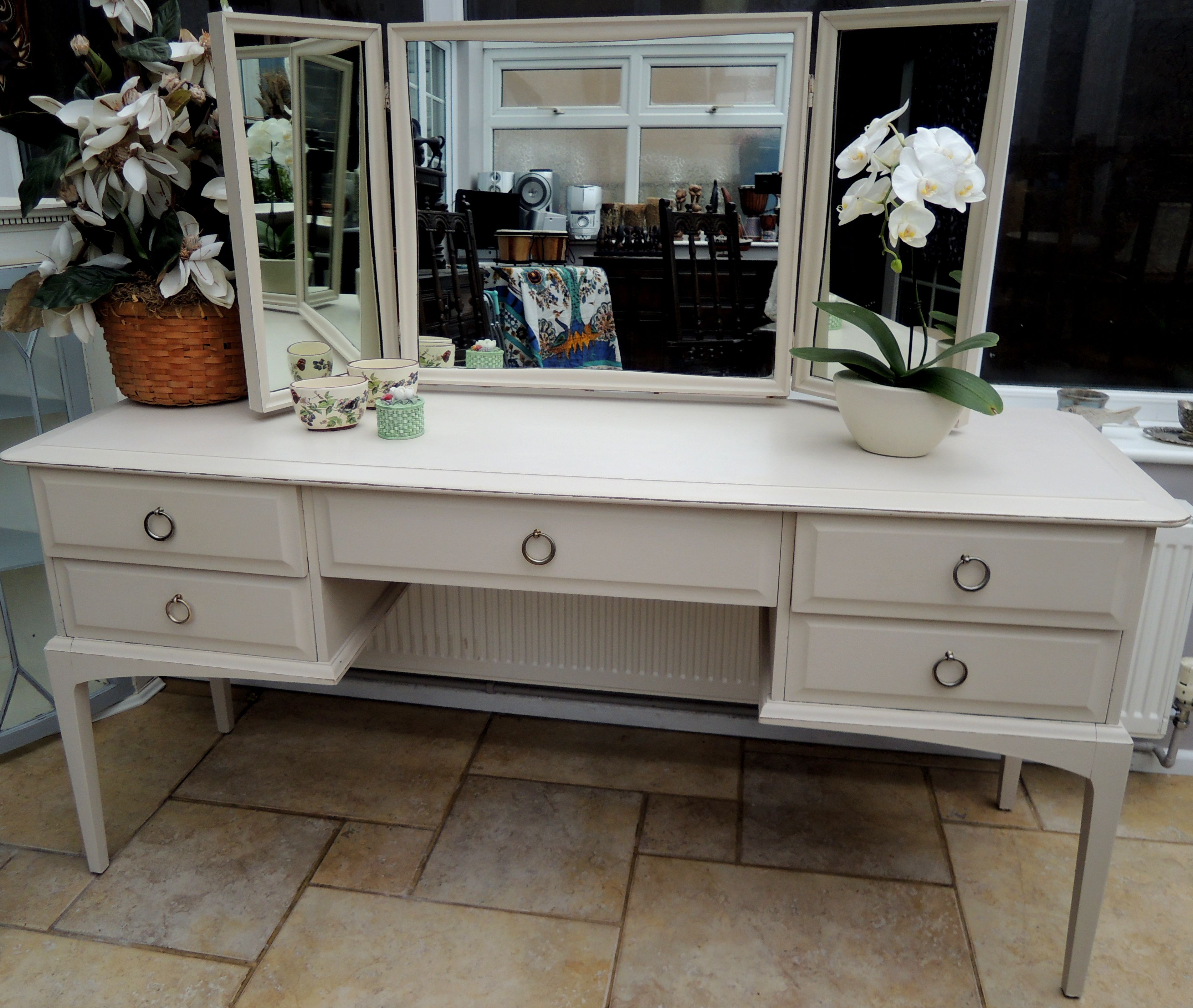 Second Hand Shabby Chic Bedroom Furniture Lovely Mahogany Stag Minstrel Dressing Table Shabby Chic For
