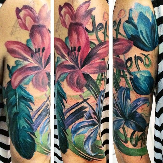 In progress, another session on this fun painterly half sleeve, it is going to
