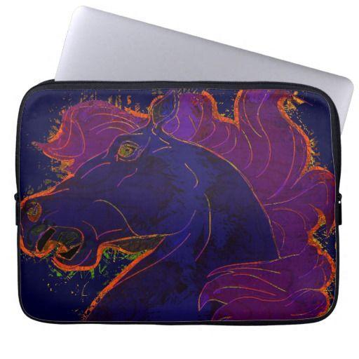 Horse Head, Animal-lover, Horse-lover Artwork Laptop Sleeve