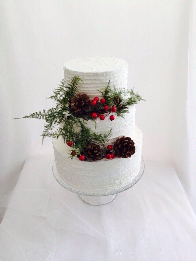 Christmas wedding cake. Tarta de boda blanca Navidad
