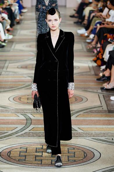 Sfilata Armani Privé Parigi – Alta Moda Autunno-Inverno 2019-20 – Vogue