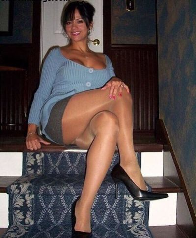 white city milf women Daily updated free pictures of the hot sex milf , mature and other porn.