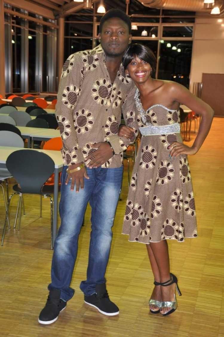 robe bustier wax mariage africain pinterest mariages africains robe bustier et pagne africain. Black Bedroom Furniture Sets. Home Design Ideas