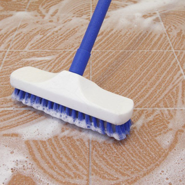 The best ways to clean tile floors household tips for Best product for cleaning bathroom tiles