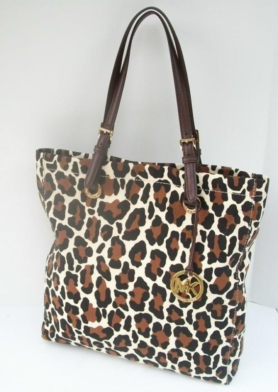Micheal Kors Cheetah Print Purse 75 Off
