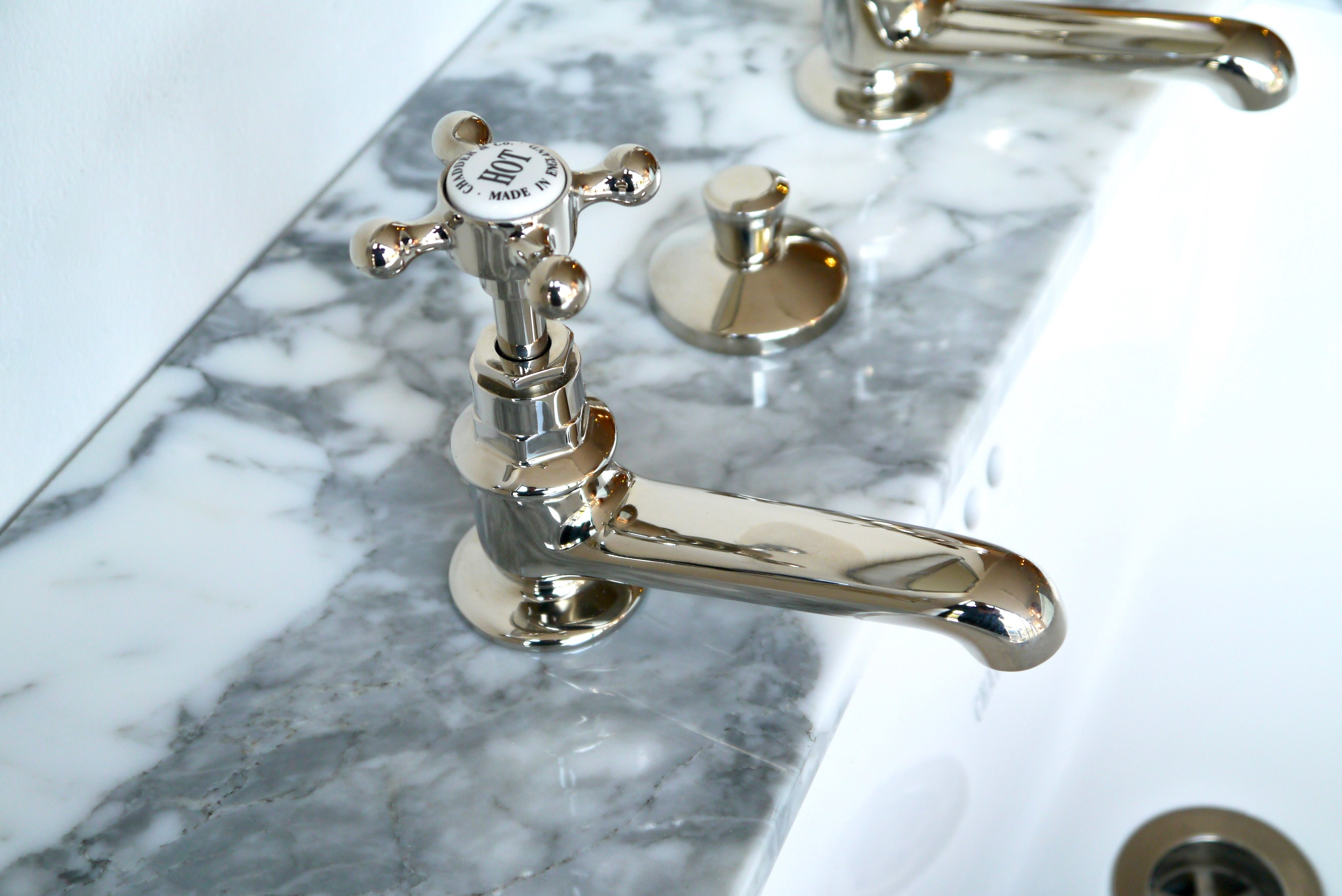 https://www.chadder.com/product/classic-c230-xl-basin-taps ...
