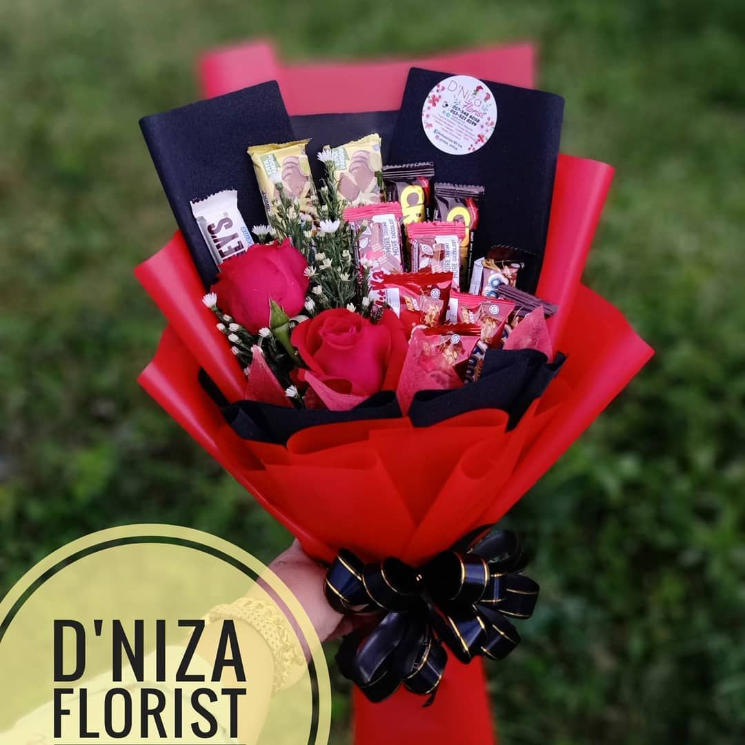 Done Special Gift Dari Anak Menakan Utk Pak Menakan Yg Disayangi Surprisedeliverylangkawi Kakarest Chocolate Bouquet Special Gifts Flower Boxes