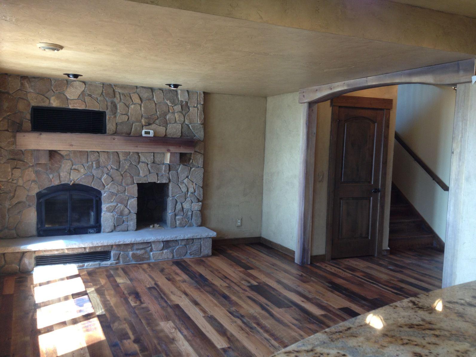 Tobacco Barnwood Flooring coordinated with Textured Walls