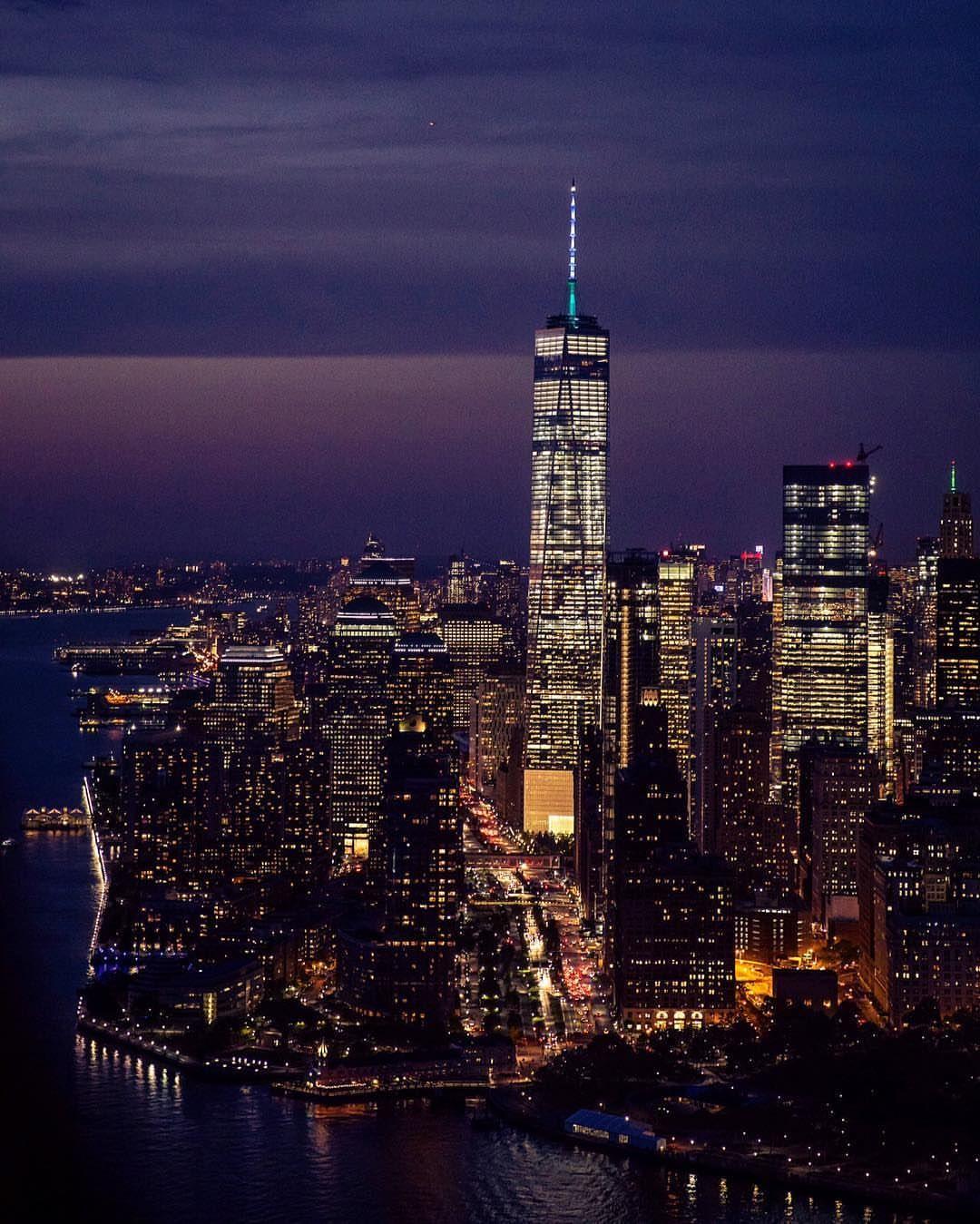 Manhattan To New York City: Manhattan At Night By @nyonair @jcphotogasms @flynyon In