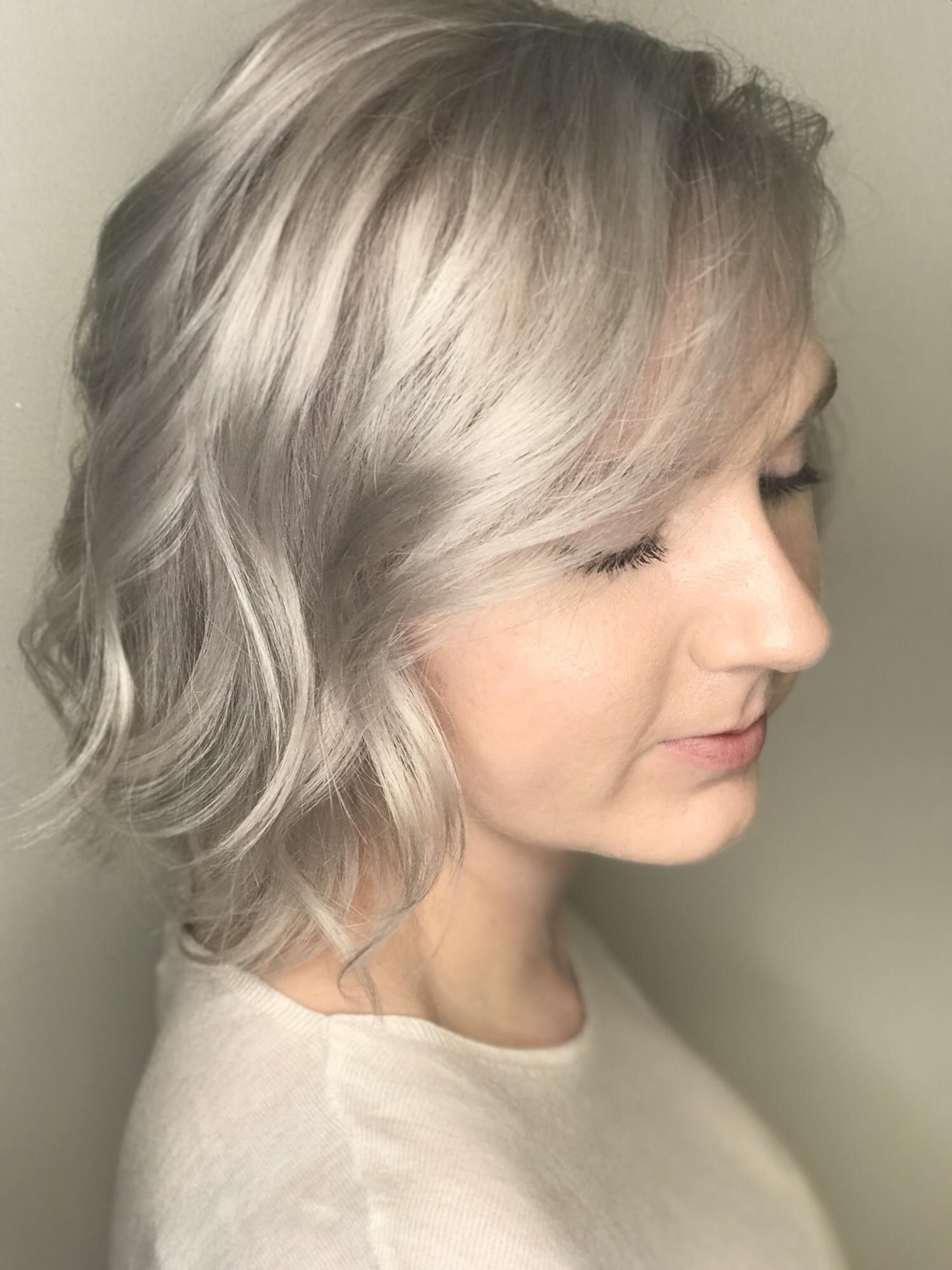 Color showcase of multidimensional color short hair ideas for