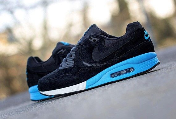 new styles fa030 ac711 Nike Air Max Light Premium Pack | i can dress myself. | Pinterest ...