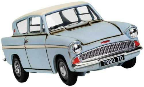 Details About Corgi Harry Potter Flying Ford Anglia 1 43 Scale Die Cast Car Cc99725 With Images Harry Potter Car Ford Anglia Harry Potter Flying Car