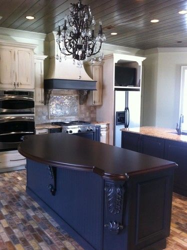 Sinclair Job - traditional - kitchen - other metro - Calvery's Booneville Cabinet Company