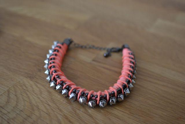I <3 bracelets