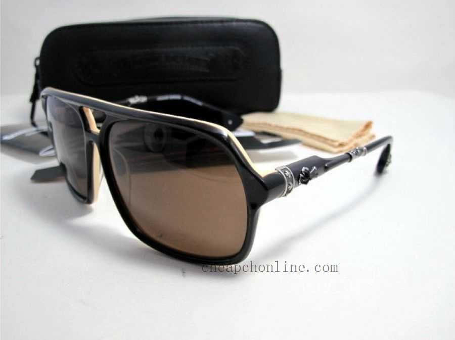 ec0b0bf75d2c BOX LUNCH BT Chrome Hearts Sunglasses Summer Special Model  BOX LUNCH.  Gender  Unisex