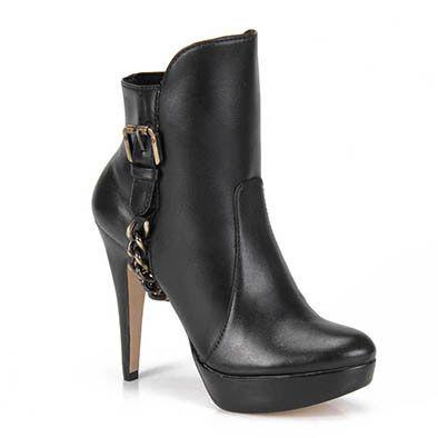 Lindíssima !!! Mas eu não pagaria um preço desses não... Presentes aceitos rsrs  ---- Ankle Boots Capodarte 4006726 - Preto