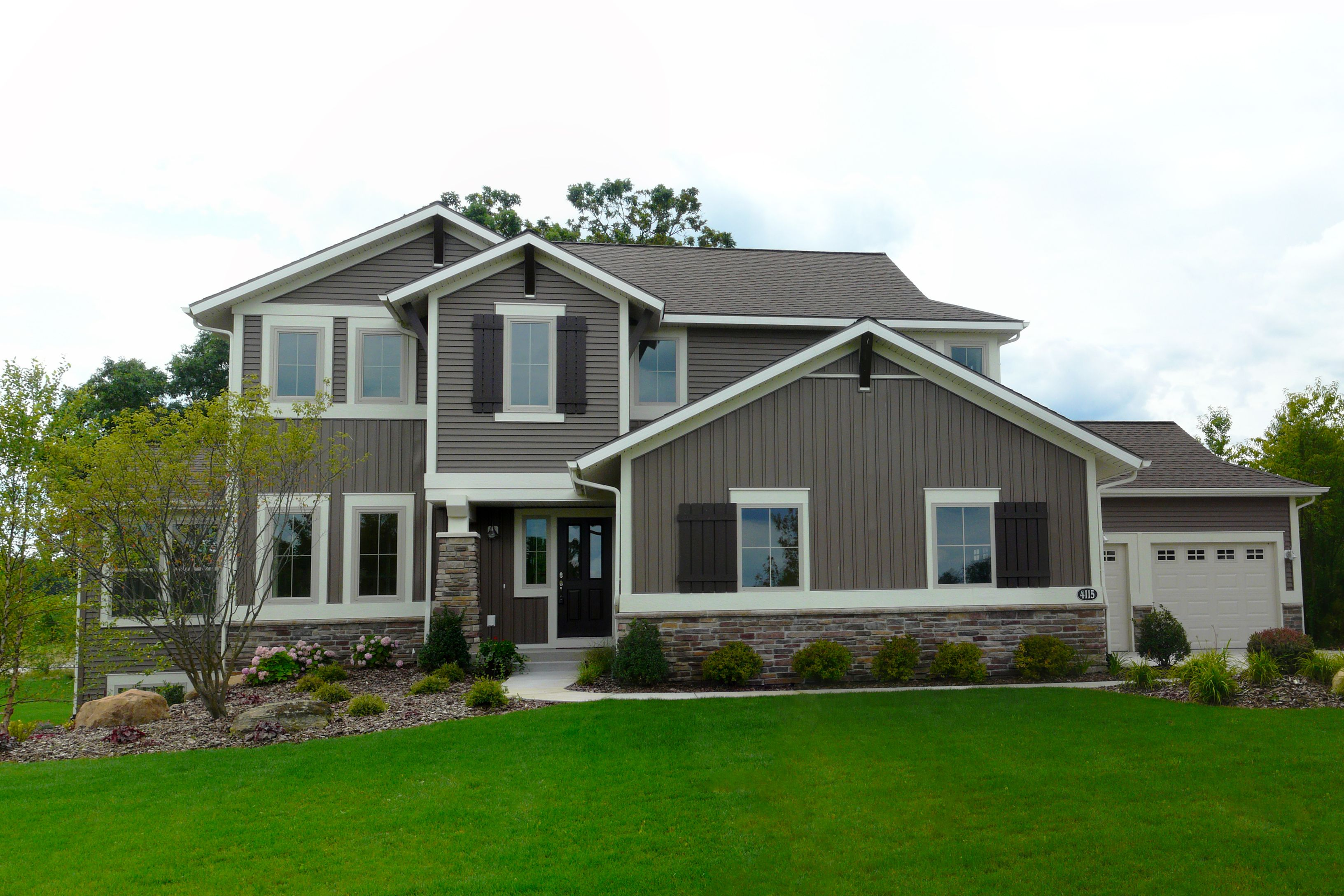 Eastbrook Homes Builds New, Custom, Energy Efficient Homes In Communities  Throughout West Michigan, Lansing And Auburn, Alabama.
