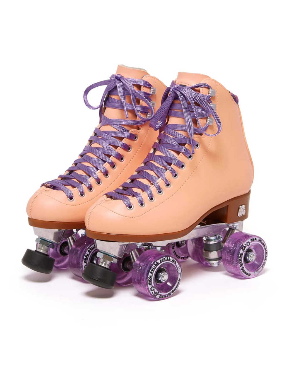 Beach Bunny Roller Skates Peach In 2020 Roller Skate Shoes Roller Skating Outfits Beach Bunny