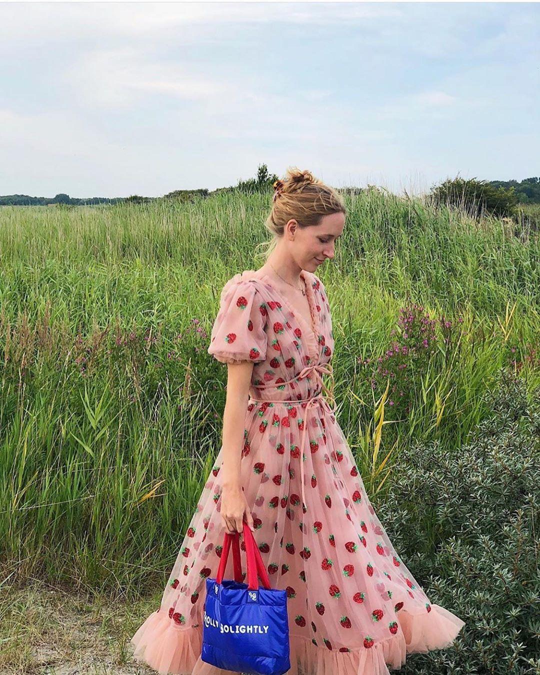 Lirika Matoshi On Instagram Laerke Victoria Picnic Dress Pretty Dresses Dress Aesthetic [ 1350 x 1080 Pixel ]