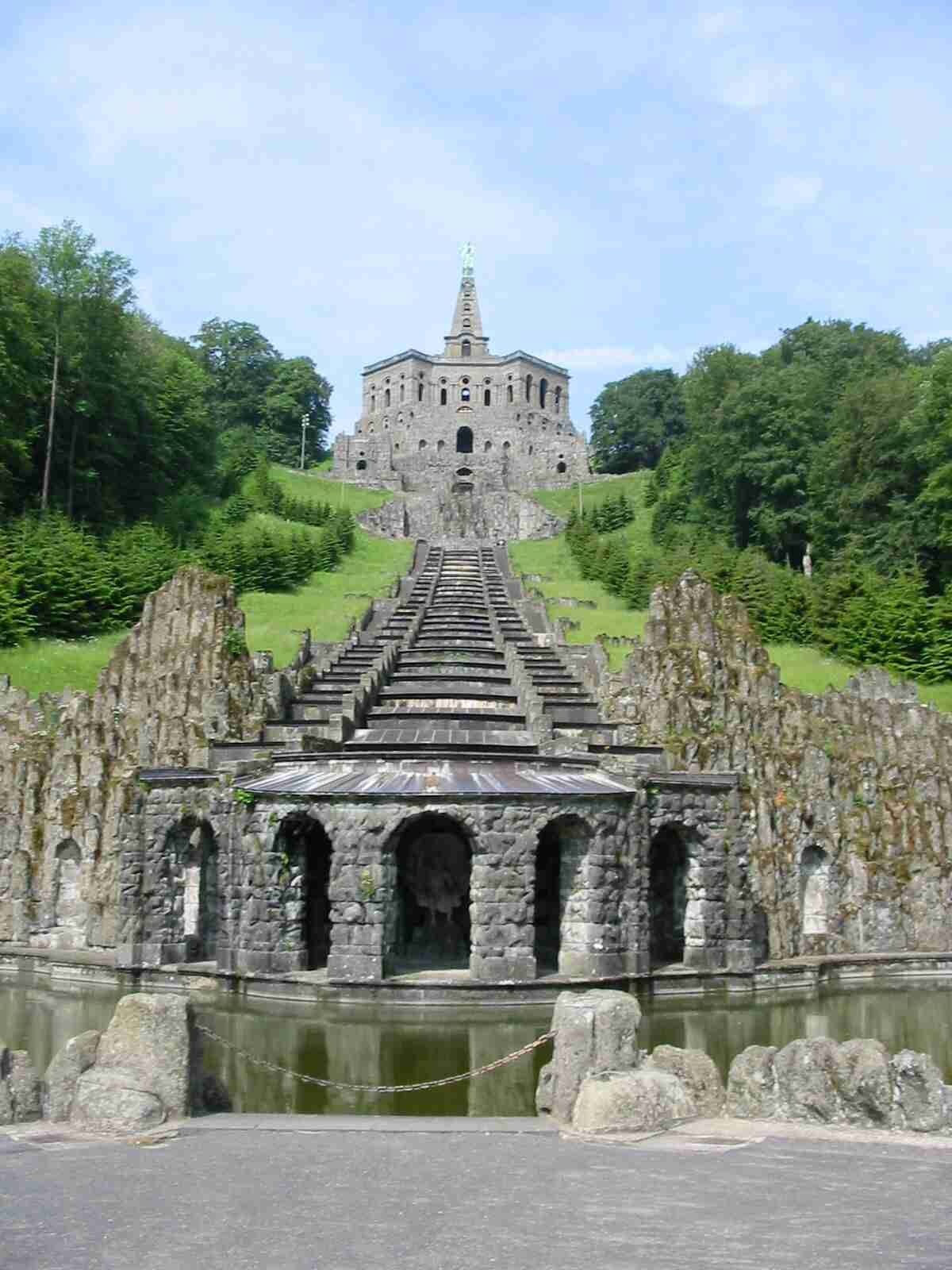 Pin Von The Carolina Trader Auf Castles And Ruins Ausflug Ausflugsziele Reisen