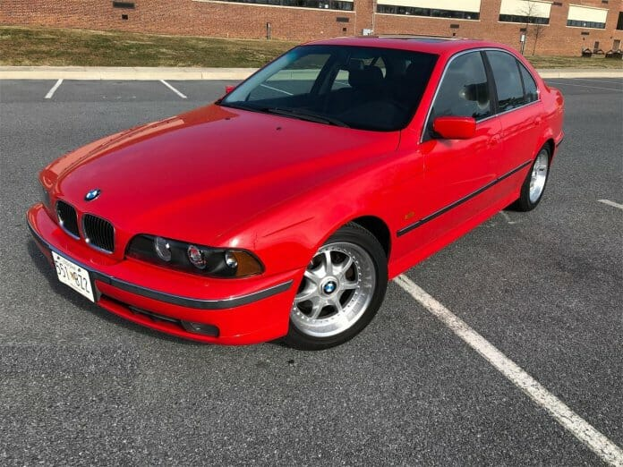 Featured Listing Bright Beautiful Bimmer 1997 Bmw 540i Bmw Bmw 5 Series Bimmer