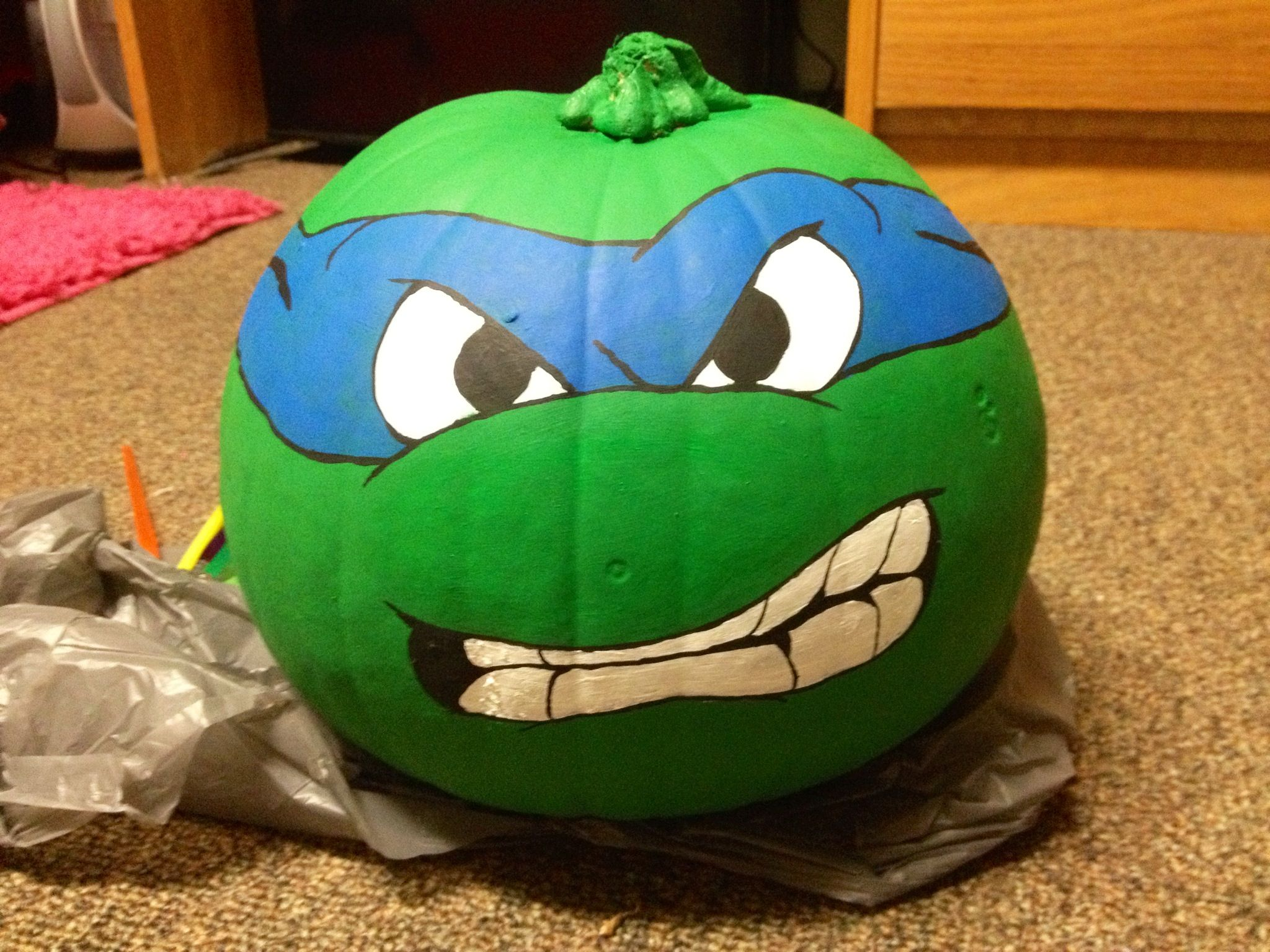 Leonardo from Teenage Mutant Ninja Turtles... Pumpkin style ...