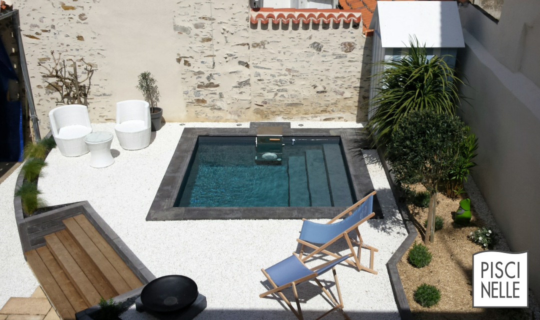 Pin di giulia roventini su piscine garden swimming pool mini pool e small backyard pools - Piccole piscine in casa ...