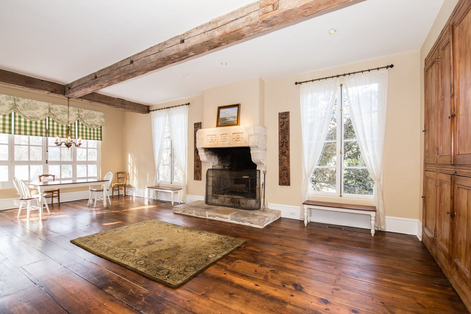Wyndmoor Pa Converted Carriage House Large Wood Burning