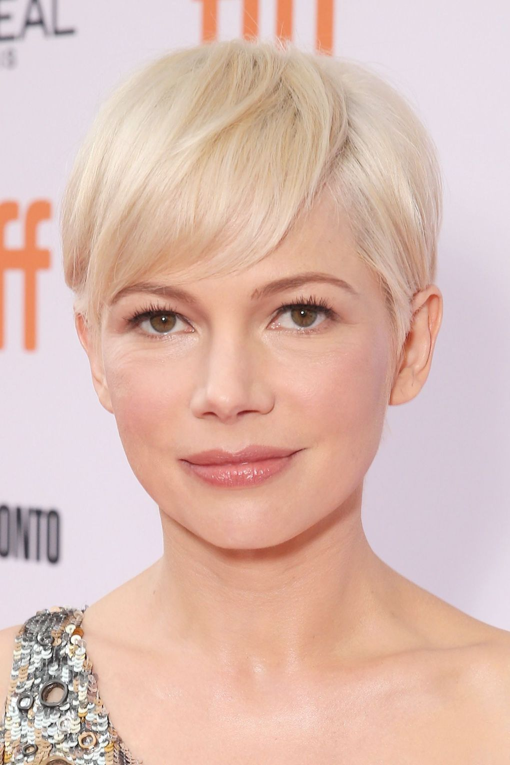 Williams showed off a platinum pixie crop at the Toronto