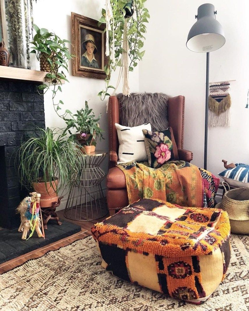 Best Modern Bohemian Living Room Ideas For Small Apartment 06 400 x 300