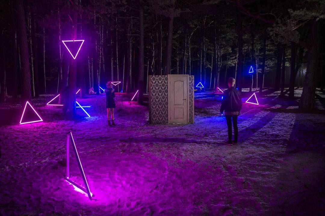 Neon Festival Backstage