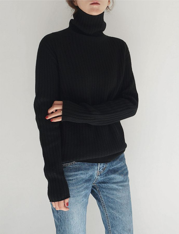 Minimalist perfection: cashmere black turtleneck, faded denim and maybe our Kyran pump below.