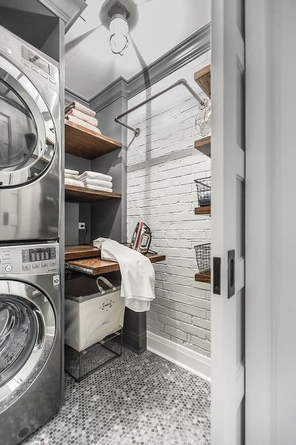 Laundry Room Cabinets With Rod