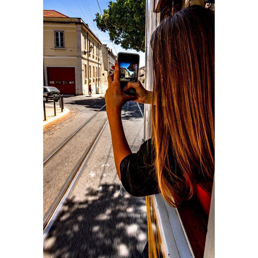 En route • • • #lisbonne🇵🇹 #lisbonnetourisme #lisboa #cityscapephotography #cityscape #city_photo_travel #city_photography #city #streetphotography #picoftheday #photographize #ig_shotz #ig_photooftheday #photographizemag #photocolors #colors #colors_of_the_day #jj_colorfull #ig_shotz_city #ig_photooftheday #instacolors #ig_color #electricotram28 #tramwaylisbonne