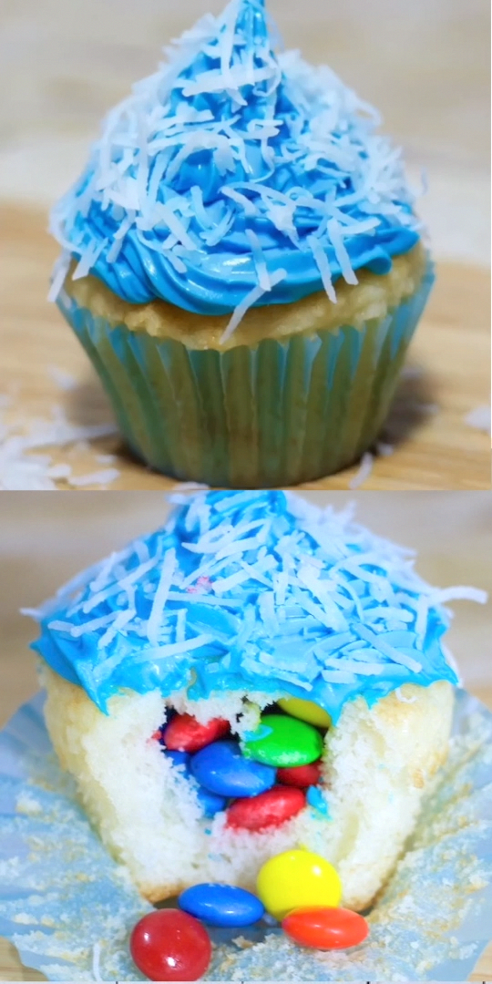 Photo of What's even better than regular cupcakes? Piñata cupcakes stuffed full of can…