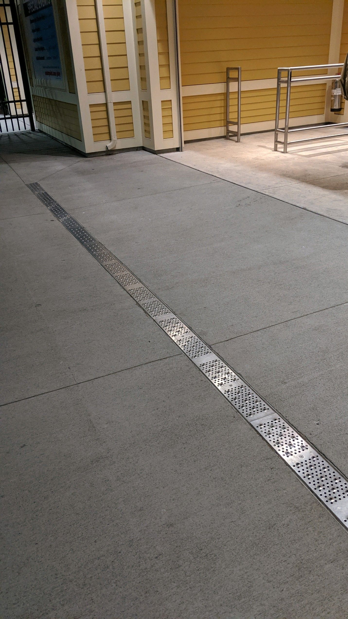 Drains For Pedestrians Trench Drain Drains Trench Drain Systems