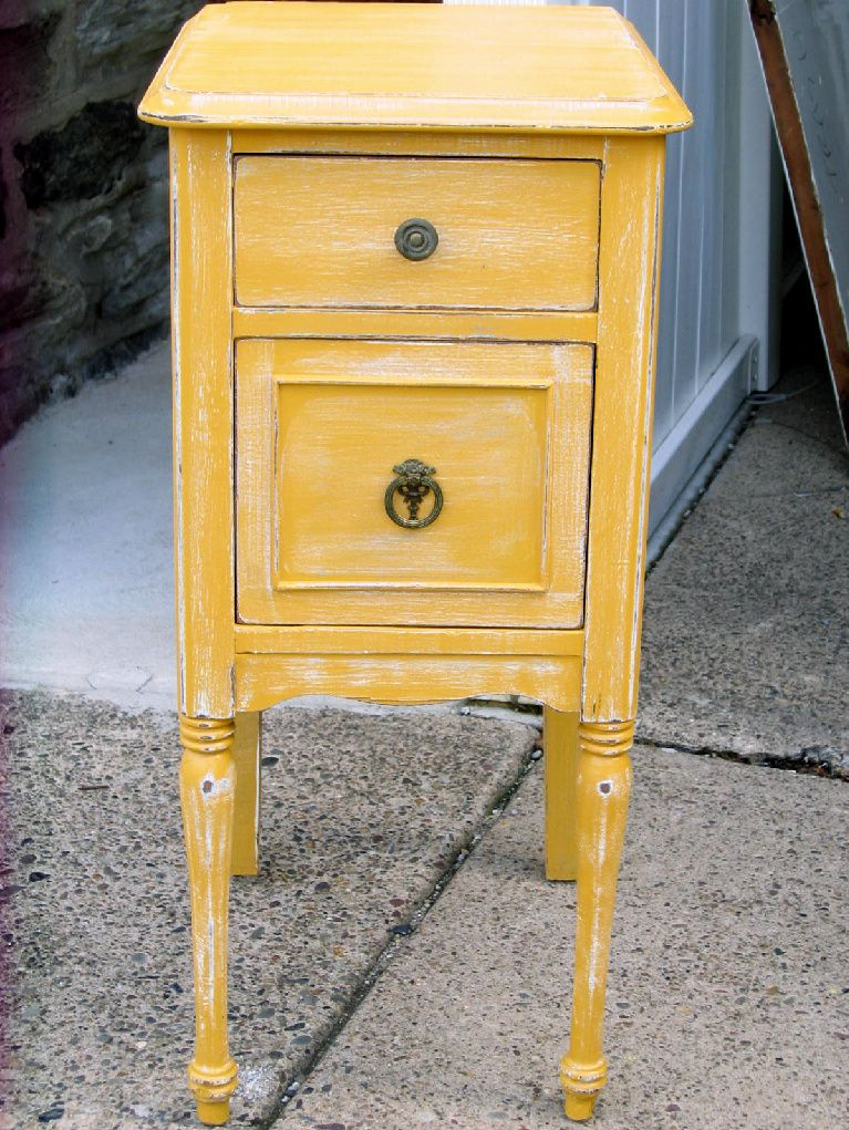 Shabby Chic distressed Yellow nightstand. Shabby Chic distressed Yellow nightstand   My finished projects