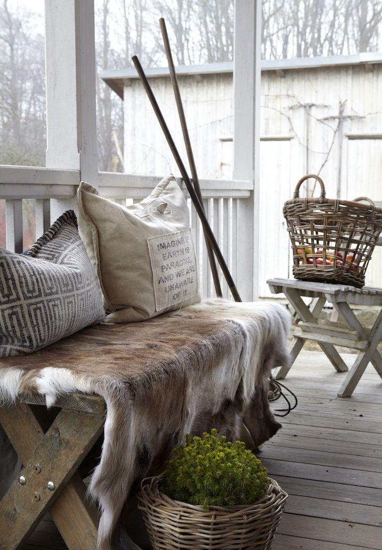 rentierfell fellteppich von affari ab fellteppich. Black Bedroom Furniture Sets. Home Design Ideas