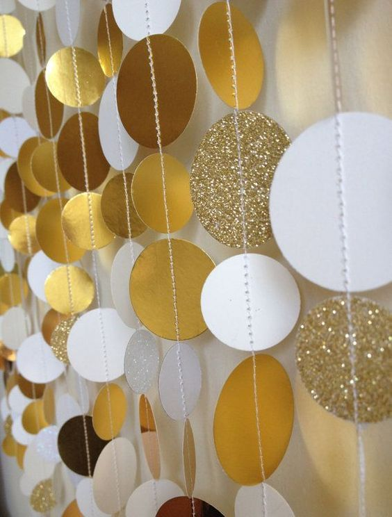 C mo hacer cortinas de papel para bodas con paso a paso for Cortinas con luces