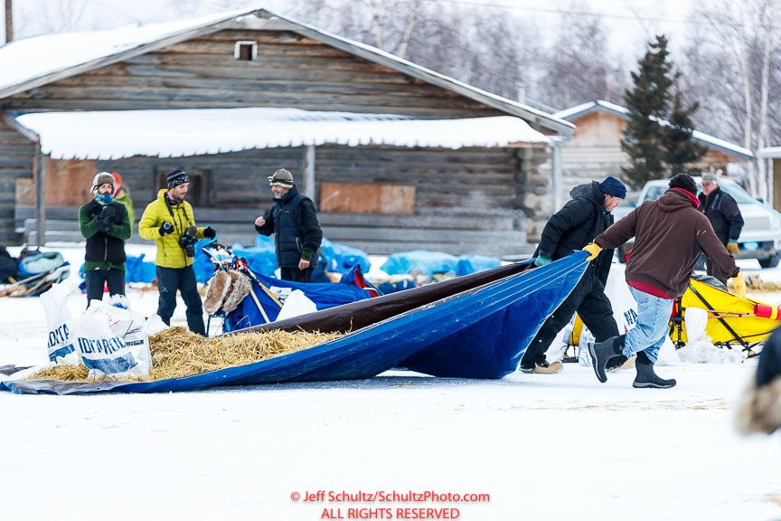 at the Huslia checkpoint during the 2017 Iditarod on Saturday morning March 11, 2017.Photo by Jeff Schultz/SchultzPhoto.com (C) 2017 ALL RIGHTS RESERVED