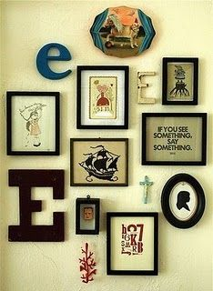 Would like something like this in the livingroom wall. Mixture of frames and knick-knacks.