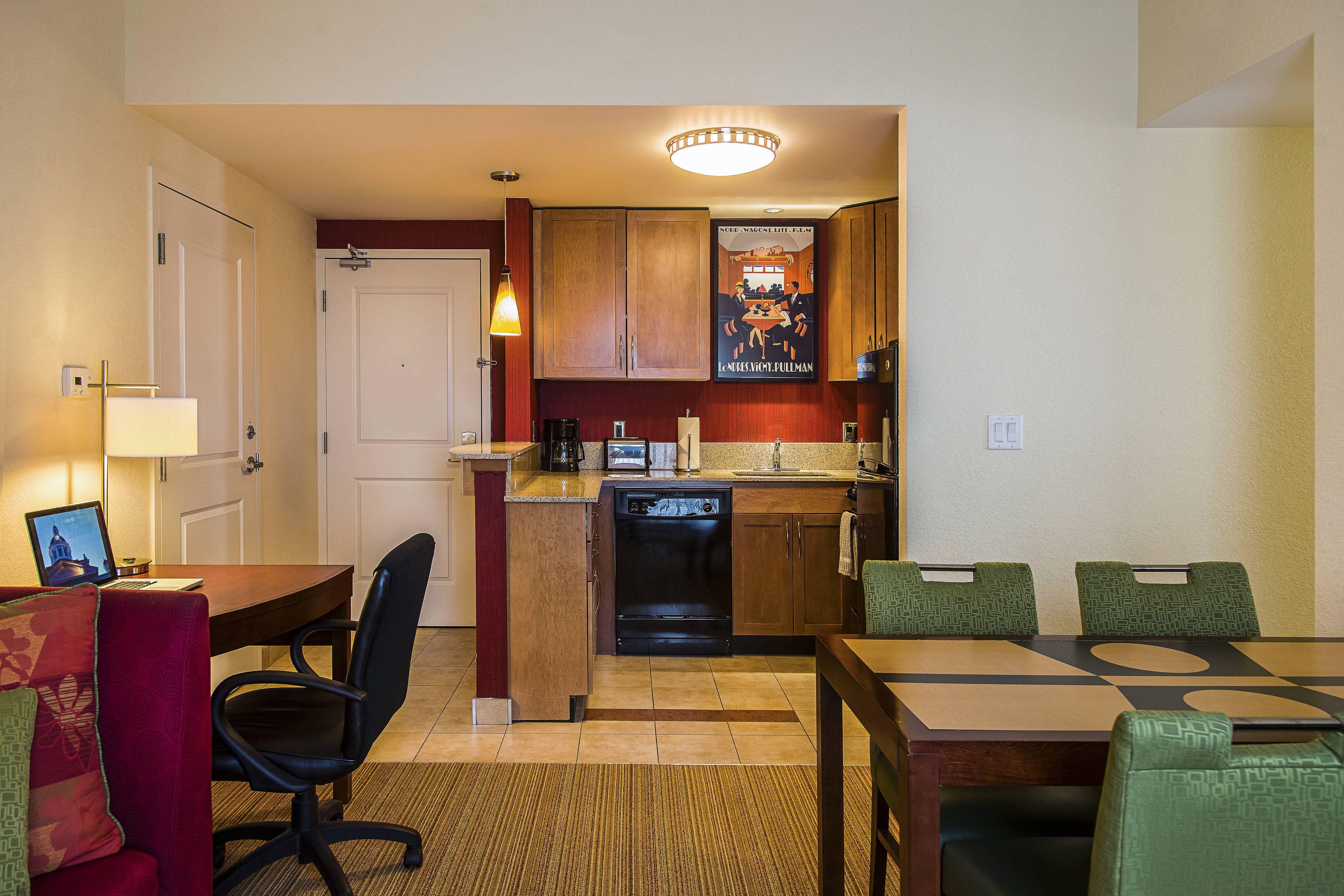 Residence Inn Kingston Water's Edge TwoBedroom Suite