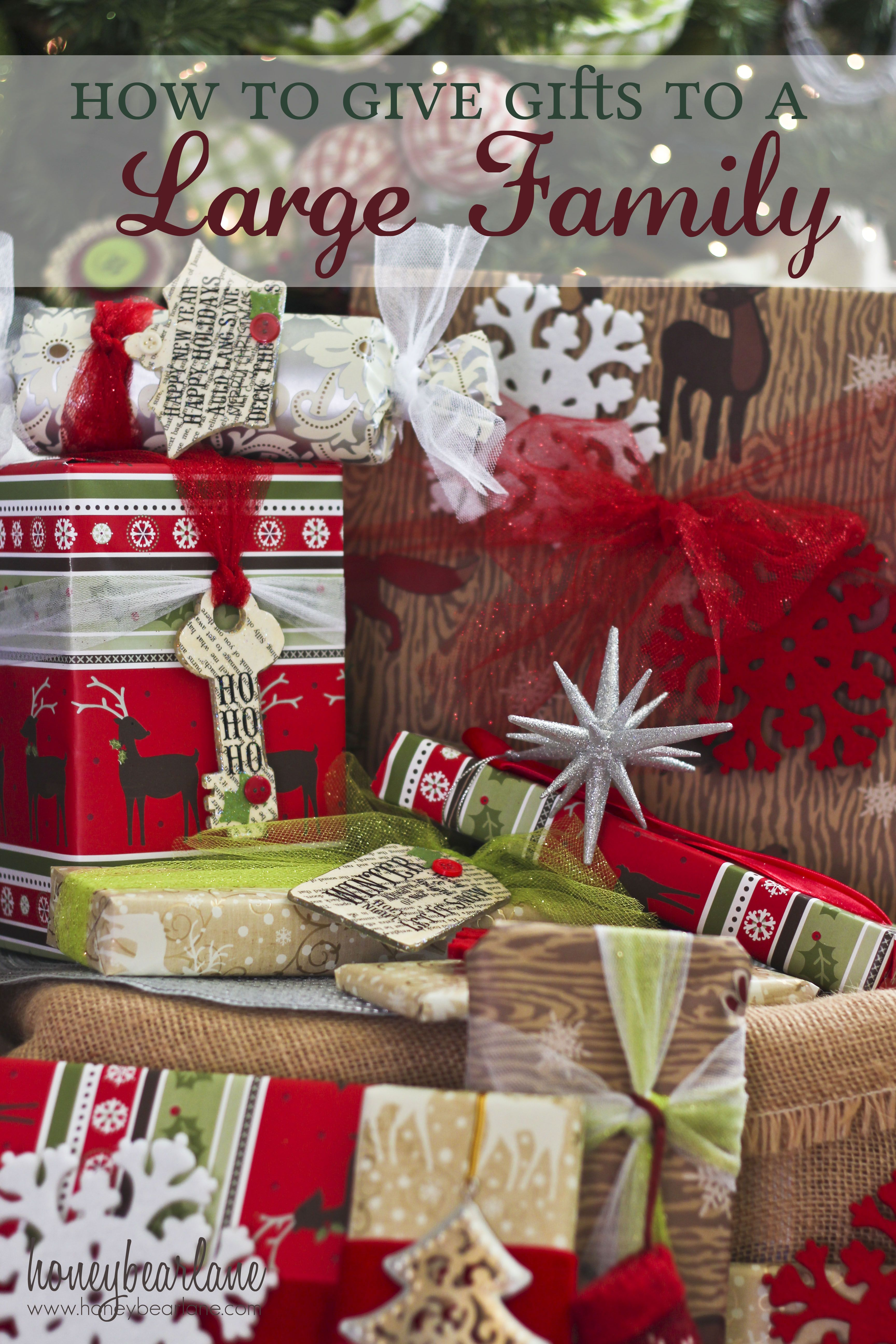 how to give gifts to a large family worldmarket_joy