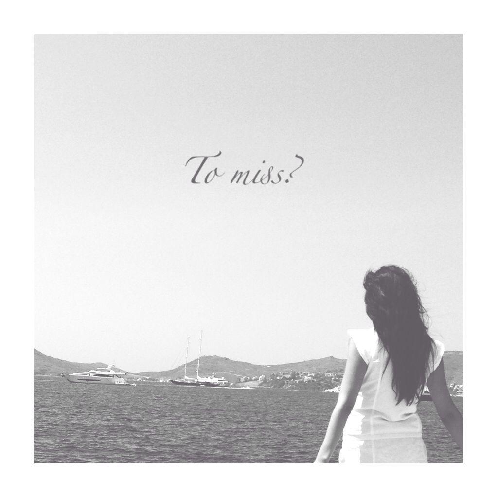 // Black white  // miss