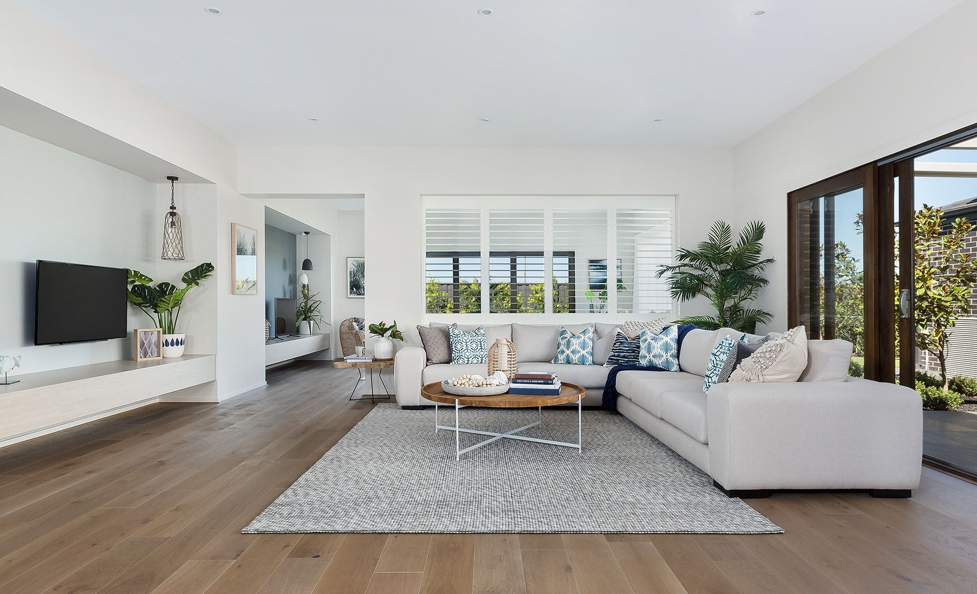 Style Cheats To Pull Off A Coastal Inspired Home Lounge