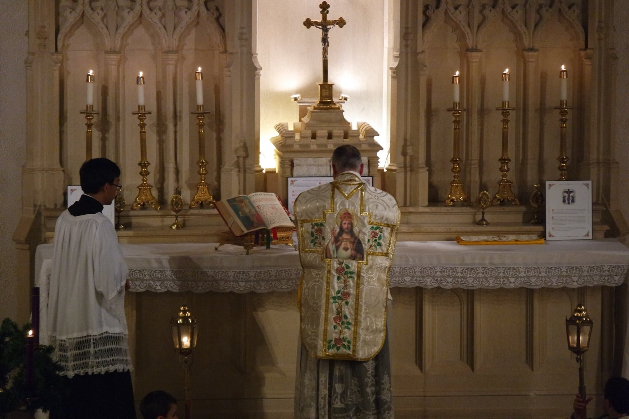 ICRSS-Oakland-CA   First Friday High Mass and Benediction
