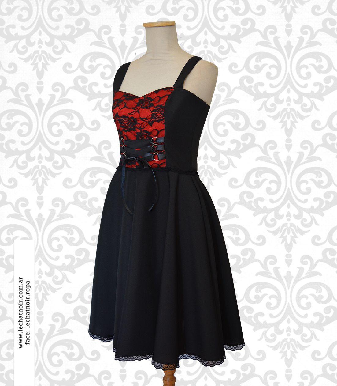 Vestido negro con detalle rojo